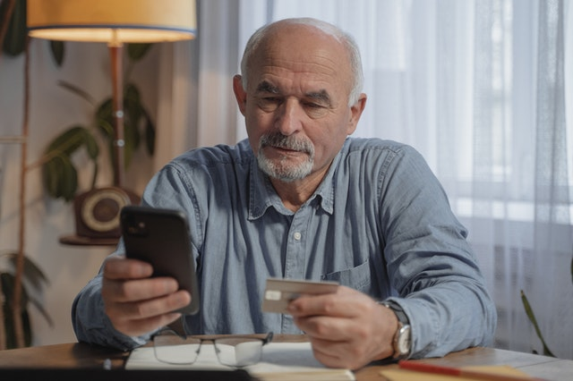 Reading Johnson Funding reviews on how debt consolidation helps credit card debt